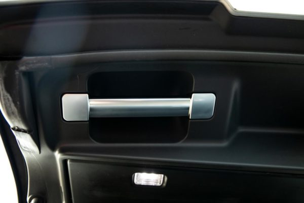Range Rover Vogue / Range Rover Sport Boot Lock + Grab Handle