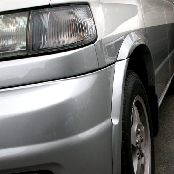 Front Wheel Arch Trims For Mazda Bongo / Ford Freda