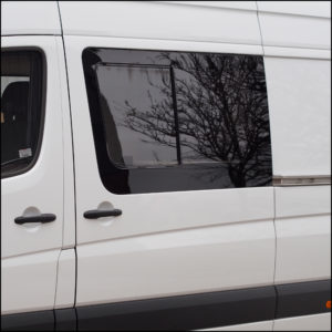 Side Window Sliding Glass For Mercedes Sprinter Swb
