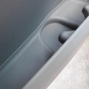 Neues Set Gummi Einlagen / Antirutsch Matten für vorderen Türen VW T6, Van-X